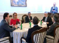 """Μ.Χαρακόπουλος με Πρόεδρο Τσεχικής Βουλής: """"Επιβάλλεται ευρωπαϊκή λύση στο μεταναστευτικό!"""""""